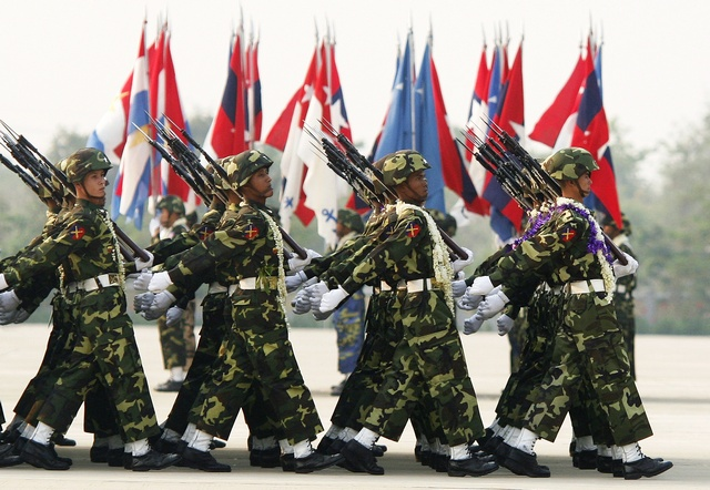 Burmese soldiers march during the Armed Forces Day parade in Naypyidaw in 2010. (PHOTO: Reuters)