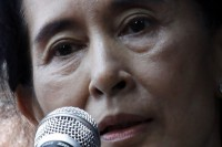 Aung San Suu Kyi (PHOTO: Reuters)