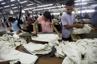 Garment factory workers in Rangoon. (PHOTO: DVB)