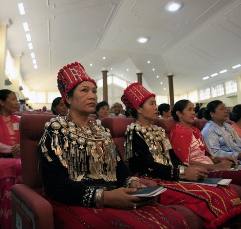 Delegates from Kachin State take part in the opening session of Myanmar&#039;s National Convention as it reconvenes at Nyaunghnapin Camp