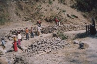 Men and women to forced by the Burmese military to work on construction projects in Chin state (CHRO)