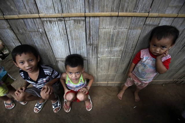 Ethnic Karen children at Mae La refugee camp in Tak, Thailand. (PHOTO: Reuters)