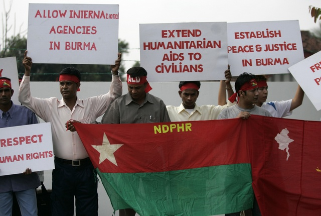Refugees of Burma's Rohingya ethnic minority take part in a demonstration outside Burma's embassy in Kuala Lumpur on 12 February 2009. (Reuters)