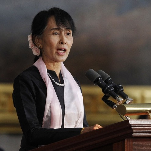 Myanmar opposition leader Aung San Suu Kyi speaks after being presented with the Congressional Gold Medal in Washington