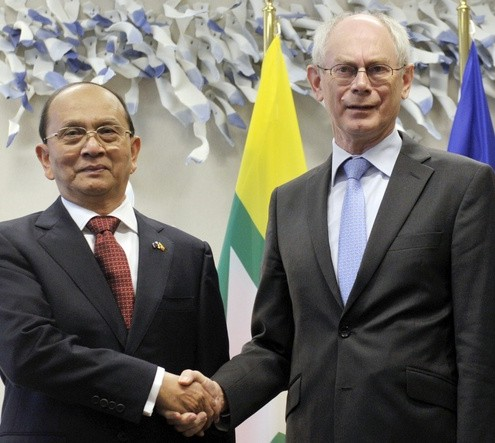 European Council President Van Rompuy welcomes Myanmar Prime Minister Sein at the European Union Council