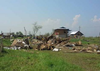 Destruction caused by the 17 April storm in Yawnghwe, Shan State. (PHOTO: Soe Min Latt)