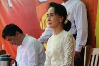 NLD leader Aung San Suu Kyi, pictured here at the Mandalay rally for constitutional reform on 18 May. (PHOTO:DVB)