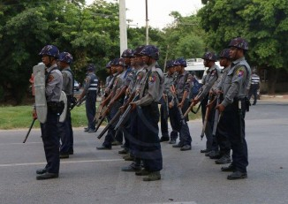 Police were deployed in the streets of Mandalay to quell communal tensions. (PHOTO: DVB)