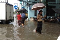 Recent flooding in Rangoon (PHOTO: Feliz Solomon/ DVB)