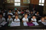 Around one in five children in Burma work instead of going to school. (Photo: Feliz Solomon / DVB)