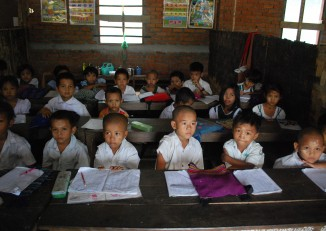 An impoverished education sector in Burma contributes to low ranking in The Global Competitiveness Report, 2014  (PHOTO: Feliz Solomon/ DVB)