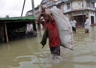 File photo of flooding in central Burma, August 2014. (PHOTO: Thanoe Wai/DVB)