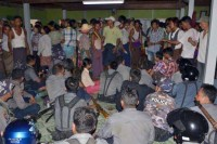 Police were briefly held captive by villagers of Mandalay Division's Sintgu Township on Thursday. (CREDIT: Sein Than)
