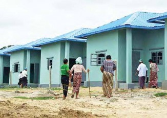 Some 1,500 displaced residents of Meikhtila, in central Burma, have been awarded new homes. More than 10,000 people were displaced by anti-Muslim riots in the city in March 2013. (PHOTO: Ministry of Information)