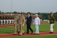 President Thein Sein welcomes Thai PM Prayuth Chan-o-cha to Naypyidaw (PHOTO: MOI)