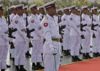 Burmese army soldiers at a reception in Naypyidaw (PHOTO: Wikimedia Commons)
