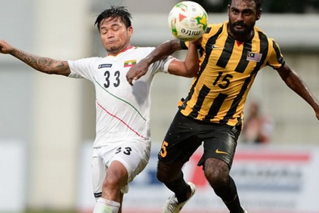 Action from the Burma v Malaysia match on Sunday in Singapore. (PHOTO: AFF)