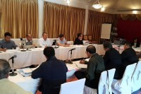 Ethnic leaders from the NCCT sit for talks with delegates from Myanmar Peace Center in Chiang Mai on 2 December 2014. (PHOTO: DVB)