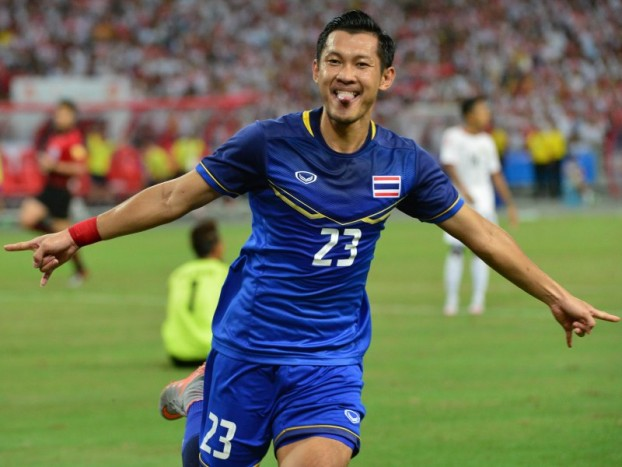 28th SEA Games Singapore 2015 - National Stadium - Singapore - 15/6/15  Football - Men's Gold Medal Match - Myanmar v Thailand - Thailand's Pombubpha Chananan celebrates scoring their second goalSEAGAMES28Mandatory Credit: Singapore SEA Games Organising Committee / Action Images via Reuters