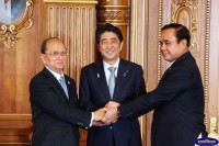 Burmese President Thein Sein (left), Japanese Prime Minister Shinzo Abe (centre) and Thai Prime Minister Prayut Chan-o-cha seen at the signing ceremony of  memorandum of intent on the Dawei special economic zone. (PHOTO: MNA)