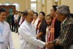 President Thein Sein shakes hands with ethnic delegates at ceasefire talks in Naypyidaw on 9 September 2015. (PHOTO: DVB)