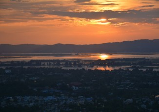 Sunset over the Irrawaddy. (PHOTO: Colin Hinshelwood/DVB)