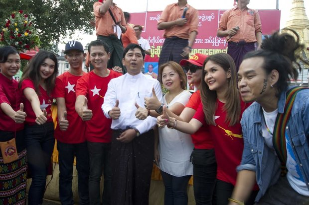 Artists, activists and musicians attended the rally to support NLD, including rapper Anegga (fourth from left), Min Ko Naing (centre, white shirt) and reggae artist Saw Phoe Khwar (far right). (PHOTO: DVB)