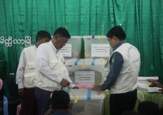 Officials at the office of the Meikhtila Township Election Commission on the evening of the election on 8 November. (PHOTO: Myanmar Now/ Phyo Thiha Cho)