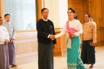 Suu Kyi met with bicameral parliament speaker Shwe Man in Naypyidaw. (PHOTO: DVB)