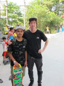 Project coordinator Ali Drummond with local skater Ko Hein. (PHOTO: Annabelle Droulers/DVB)