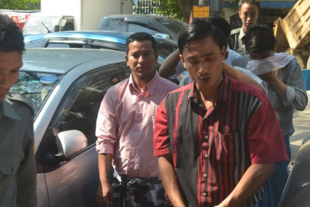 The accused outside of Pazundaung Township Court. (PHOTO: MYANMAR NOW)