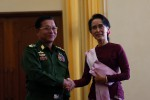 Aung San Suu Kyi shakes hands with Min Aung Hlaing at a meeting held in Naypyidaw, 26 January 2016. (PHOTO:DVB)