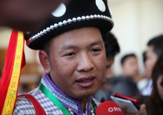 Lar Mar Lay, speaking to reporters at the opening of the Lower House on 1 February, 2016. (PHOTO:Thin Lei Win/Myanmar Now)