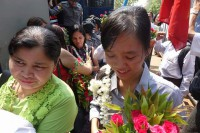 Student leader Phyo Phyo Aung arrives at court in Tharrawaddy District, Pegu Division, on 8 April 2016. (Photo: DVB)