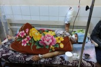 One of the victims of the attacks in Lashio recovers in hospital. (Photo:  Nay Myo / DVB)