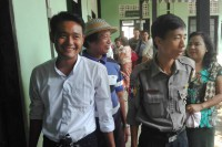 Maung Saungkha, left, arrives for a court hearing in February 2016. (Photo: Maung Saungkha / Facebook)