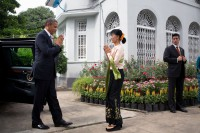 US President Barack Obama greets then opposition leader Aung San Suu Kyi during a  visit to Burma on 19 November 2012. (Photo: The White House)