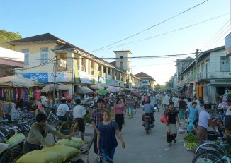 File photo of the main street and central market of Arakan State capital Sittwe. (Photo: Go-Myanmar.com)