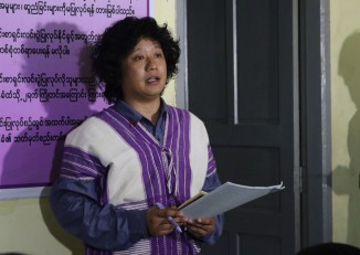 Saw Alex Htoo speaking at a Karen peace support network press conference in Yangon (Photo: KESAN)