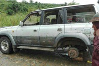 This Land Rover was apparently targeted by a controlled landmine near Mogaung, Kachin State, on 7 July 2016. (PHOTO supplied to DVB by La Raw Raw)
