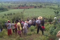 Villagers at the site where they found the bodies of five missing persons from Mong Yaw village  (Photo: Shan Human Rights Foundation)