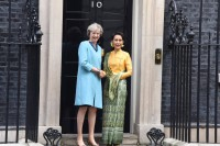 British Prime Minister Theresa May and Burma's State Counsellor Aung San Suu Kyi pose for a photo outside 10 Downing Street on 13 September 2016. (Photo: State Counsellor's Office / Facebook)