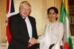 British Foreign Secretary Boris Johnson, left, poses with Burmese State Counsellor and Foreign Minister Aung San Suu Kyi in London on 12 September 2016. (Photo: Boris Johnson / Twitter)