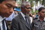 Arakan Commission chair Kofi Annan and fellow commissioners set off for a tour of camps for displaced persons in the Sittwe area on 7 September 2016. (Photo: Aung Ko Ko / DVB)