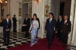 State Counsellor Aung San Suu Kyi walks alongside Japanese Prime Minister Shinzo Abe in Tokyo on 2 November 2016. (Photo: State Counsellor's Office)