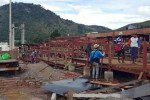 Workers dismantle stages that were being built for viewing hot-air balloon  contests in Taunggyi. (Photo: DVB)