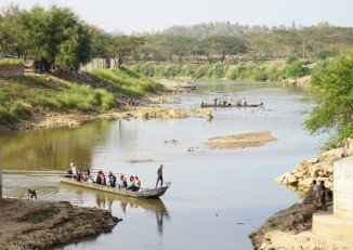 The Moei River, which forms part of the border between Burma and Thailand  (Photo: Wenying Seah / DVB)