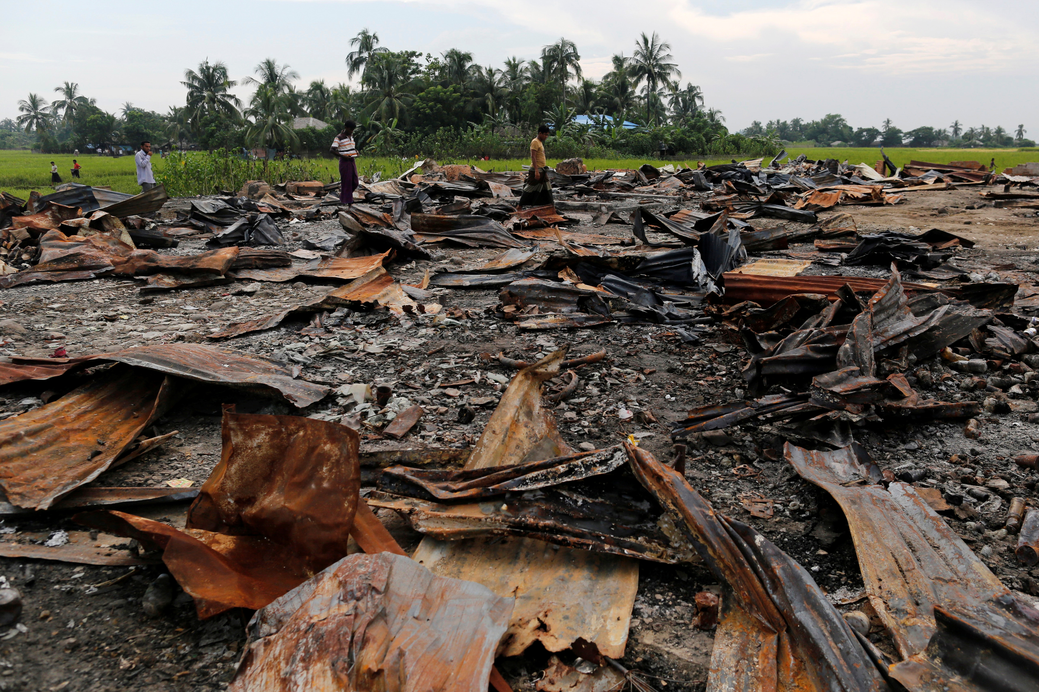 The ruins of a market, which was set on fire, are seen at a Rohingya village outside Maungdaw in Arakan State on 27 October 2016. (Photo: Reuters)