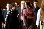 "Indonesian Foreign Minister Retno Marsudi and Burma's State Counsellor Aung San Suu Kyi walk after attending an ASEAN foreign ministers' ""retreat"" on the situation in Arakan State in Rangoon on 19 December. (Photo: Reuters)"