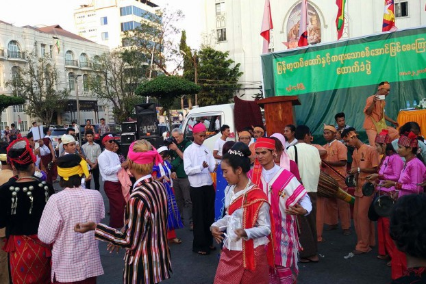 Shan or Sham? Marchers wear ethnic costumes at a pro-military rally in Rangoon on 19 December 2016, but CSOs complain these were not real ethnic people. (PHOTO: DVB)